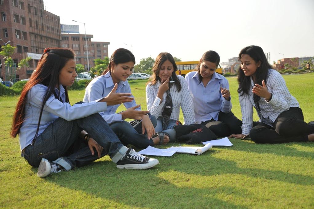 Students at Sharda